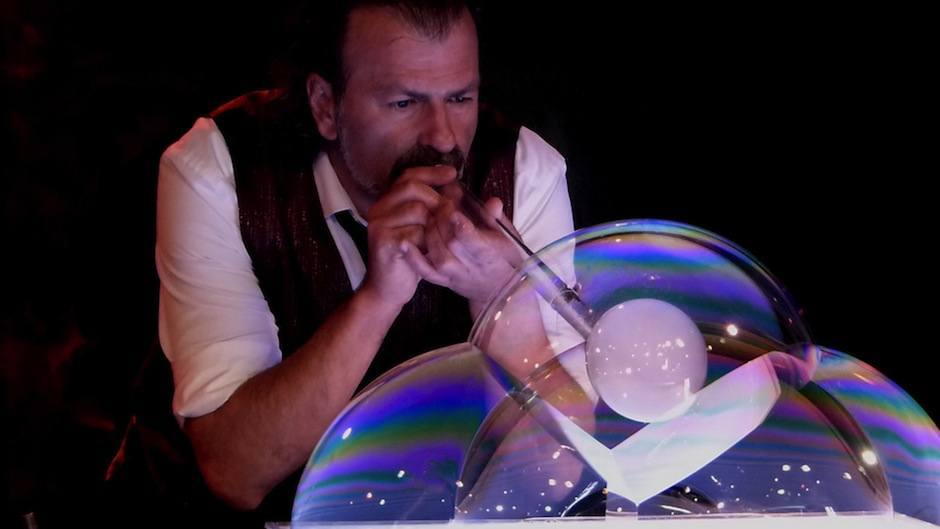 Soap Bubble Show-Circus Acts